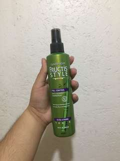 FREE SF - Garnier Anti-Humidity Hairspray