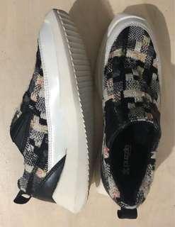 Puzzle Shoes Sneaker