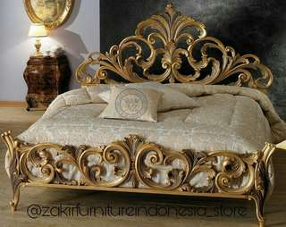 Tempat Tidur Mewah Iataly Baroque