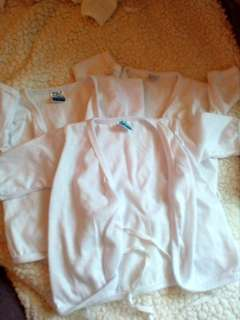3pcs Nb white cloth longsleeves | 0-6 mos.