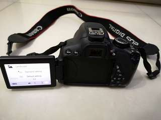 Canon 650D, Touch screen LCD, 32 GB 99% new