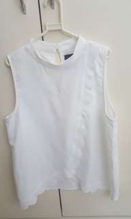 Plains and Prints White Top