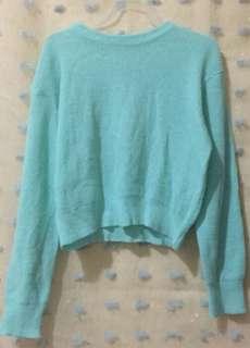 Crop sweater 2