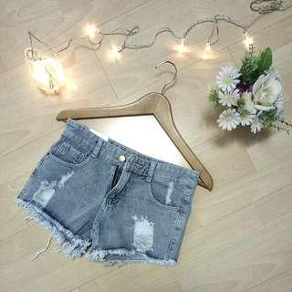 Denim shorts (ripped)