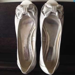 Momomi kitten heels sandals