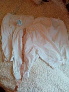 3 pcs Nb white pajama's   0-6 mos.