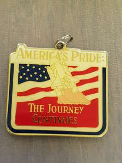 "USA Space Shuttle NASA America's Pride ""The Journey Continues"" Medallion Badge"