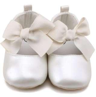 Baby Girl Non slip White PU shoes