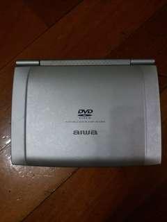 aiwa dvd 手提帶螢幕, 可以帶出街又得接駁電視機又得,多年收藏。