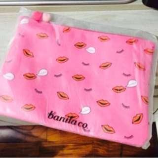 🚚 Banila co 粉色筆電包