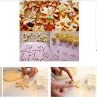 (4 cutter 10 face stamps) Bear rabbit Cookie Cutter set