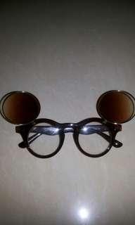 Kacamata mickey #terbangkesingapura