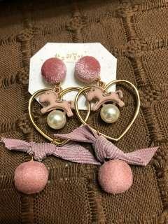 🚚 粉嫩小馬耳針耳環