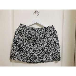美國購入A&F豹紋短裙 (全新)