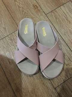 Sandal wakatobi
