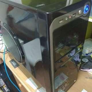 賣中古電腦主機 桌上型電腦  Desktop computer intel E7400