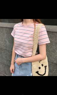 🚚 粉色圓領條紋短袖T恤上衣