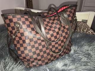 "Louis Vuitton ""Neverfull"" Bag (Damier Ebene Canvas"" Print"
