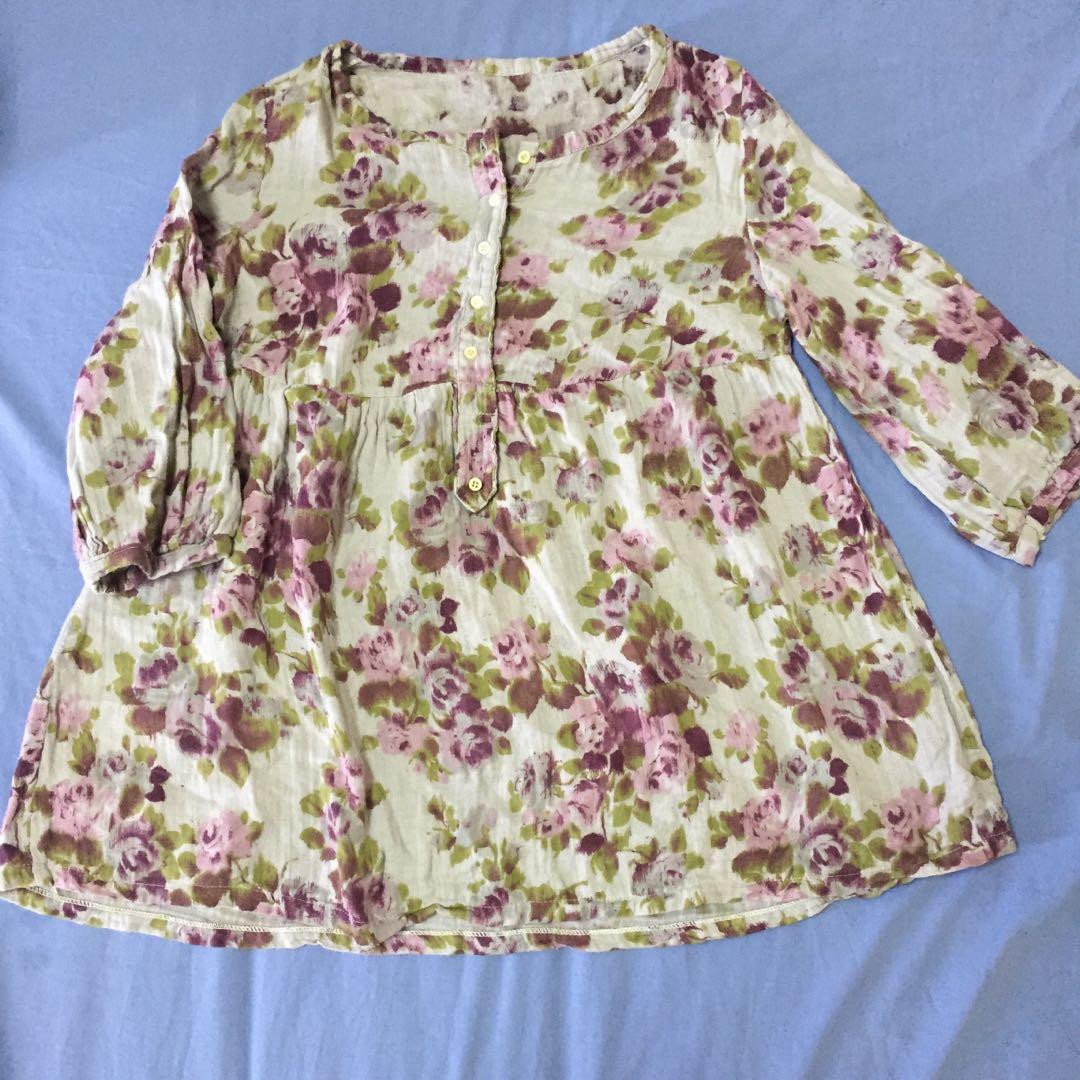 Blouse floral linen