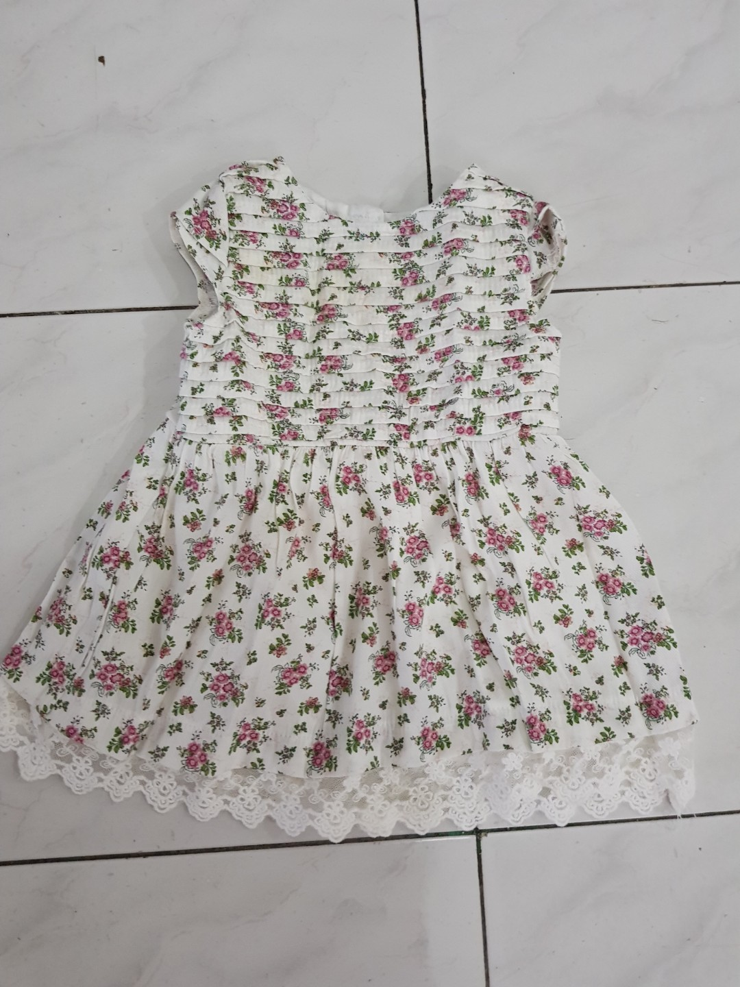 Dress baby size 3-6 month