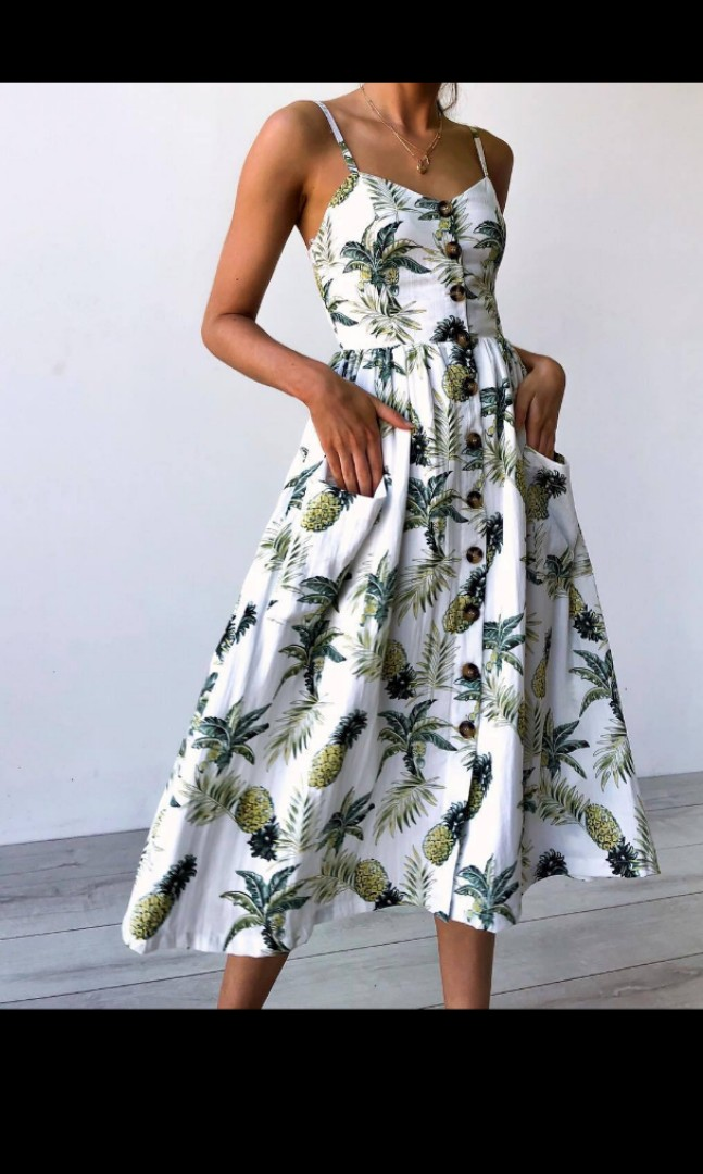 a0e88874f462 Evening or Semi formal Floral Dress