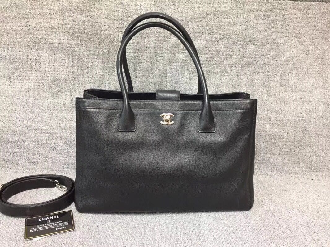 1624934f620f80 Pre-order: Chanel Calfskin Executive Cerf Tote Bag with SHW, Luxury ...