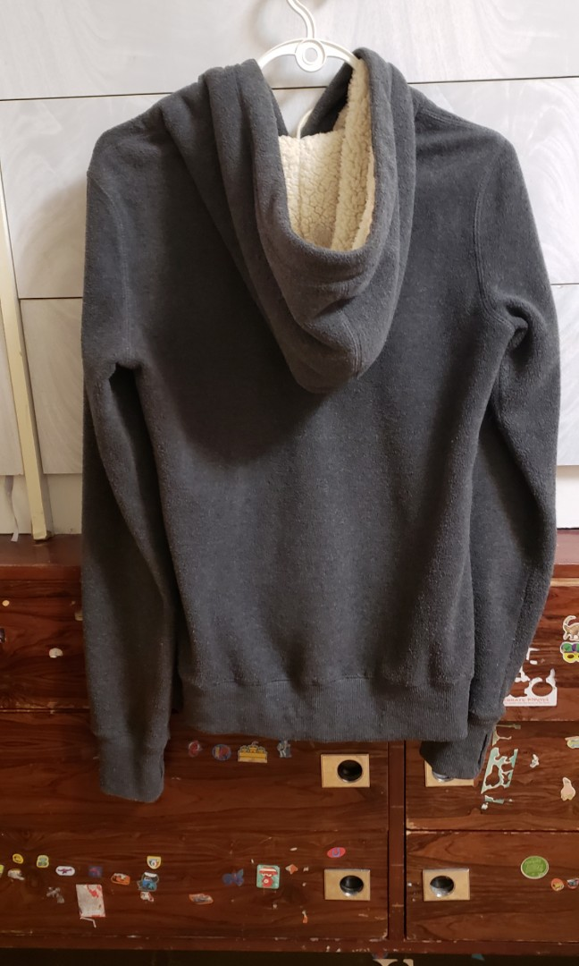 Roots hoodie size  Small
