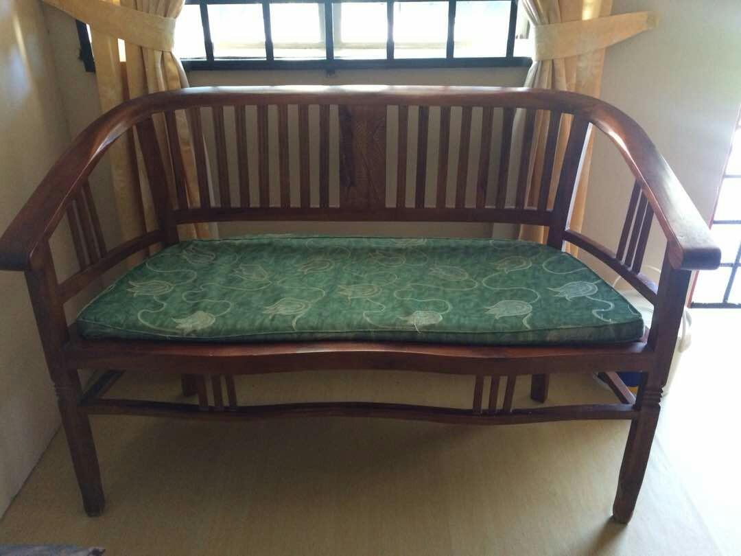 Set Kerusi Meja Ruang Tamu 2 1 Home Furniture On Carou