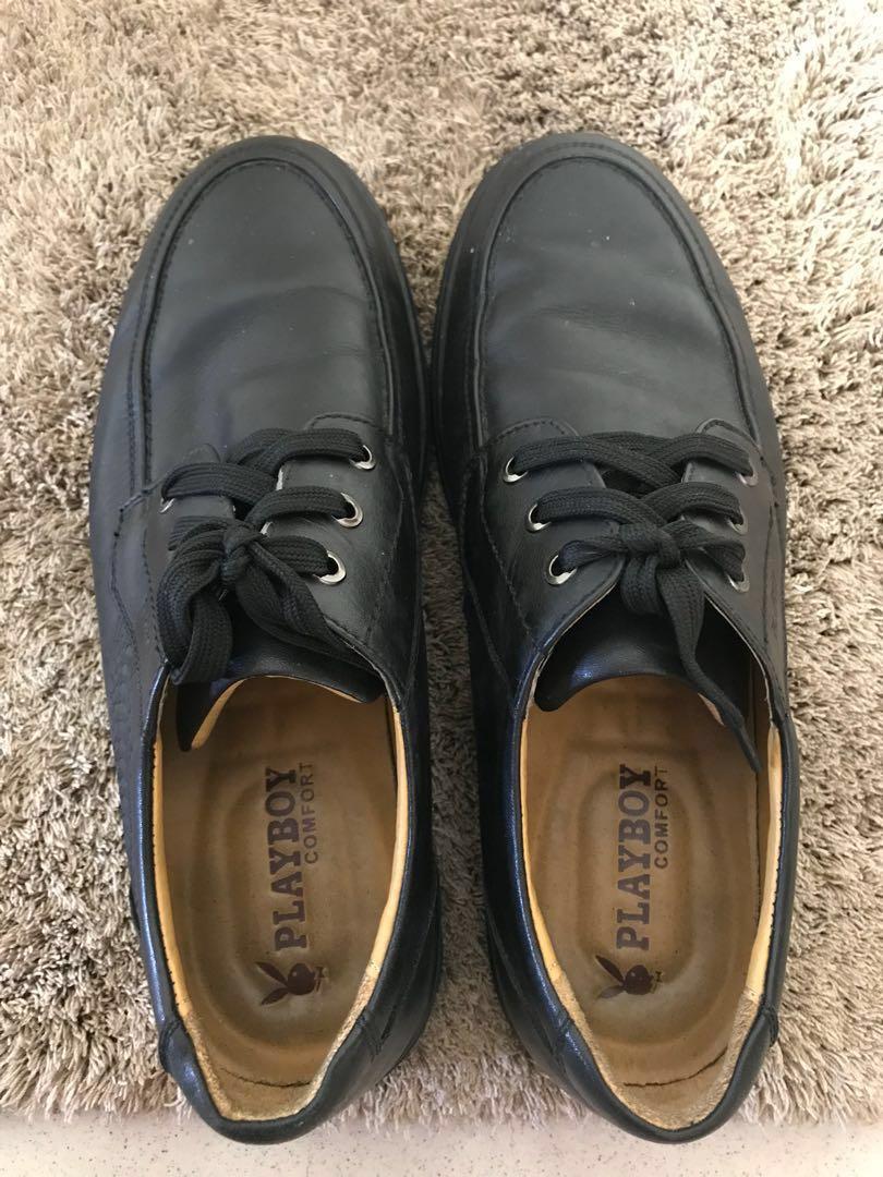 Slip-On Leather Pantofels