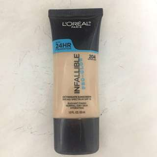 L'Oreal Infalliable Pro Glow 204