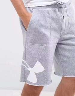 🚚 🌐《預》代購正品 UNDER ARMOUR UA 安德瑪 男款 休閒健身跑步短款 夏季寬鬆棉質短褲 1303137