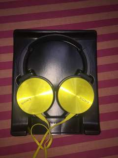 Sony MDR- XB450 Headphones Yellow High Quality