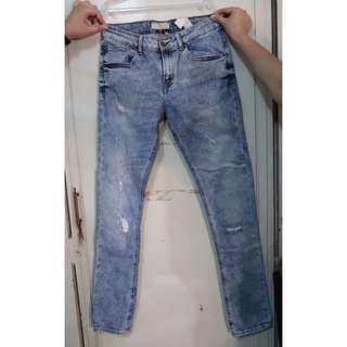 Zara Man Distressed Light Wash Denim