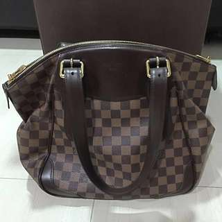 Preloved Authentic Louis Vuitton Bag With Bag And Box