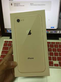 iphone 8 (negotiable!)