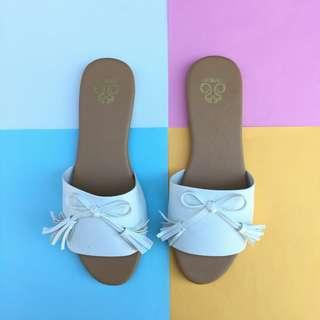 Rollie flat sandal