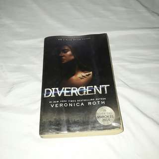 SALE!! Divergent (Motion picture cover) by Veronica Roth