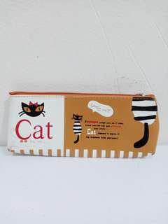 Kotak Pensil Kucing