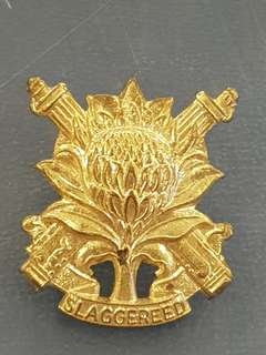 Vintage South African Army Slaggereed SA cap badge genuine