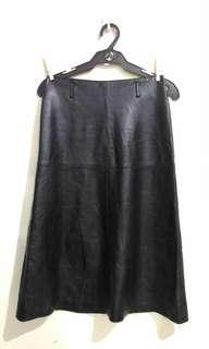 Black hw long leather skirt