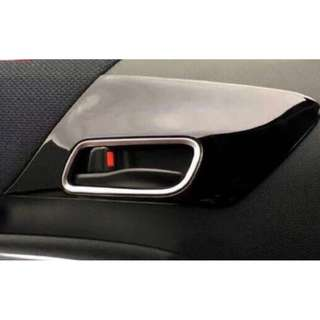 Sienta Driver & Co Driver Internal Door Hand Cover / panel trim (Piano Black)