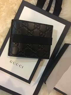 Authentic Gucci Men wallet - 6 cards slot / money clip