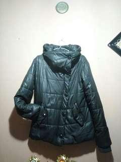 Jacket hitam keren. No defect, baru sekali pakai. Hb:180rb