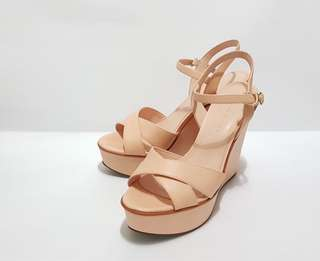 Size 37 / Peach Color / From 2,499 to 1,499 !!!