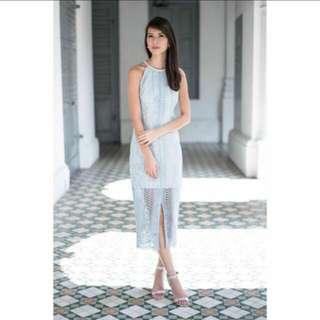 Ohvola (Powder Blue Lace Midi Dress)