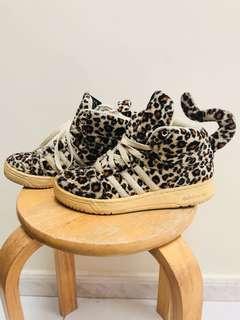 Jeremy Scott x Adidas Leopard US4 *75%新 *有盒