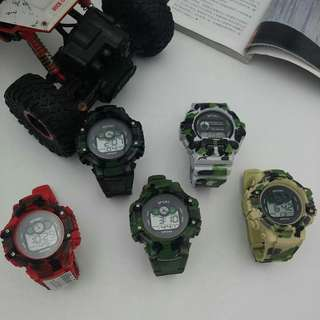 SPORT RUBBER STRAP WATCH