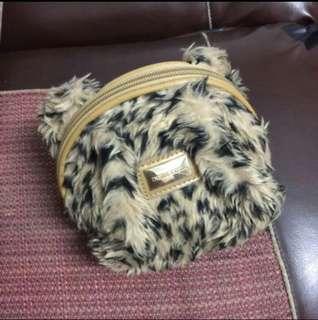 豹紋絨毛化妝包✨全新