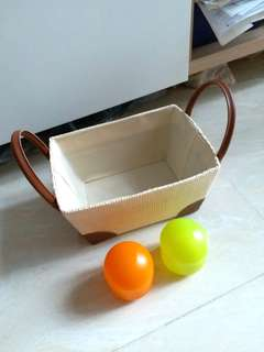 One fruit basket with 2 food containers
