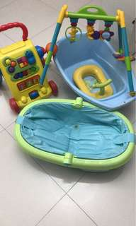 Baby bath tub and toy